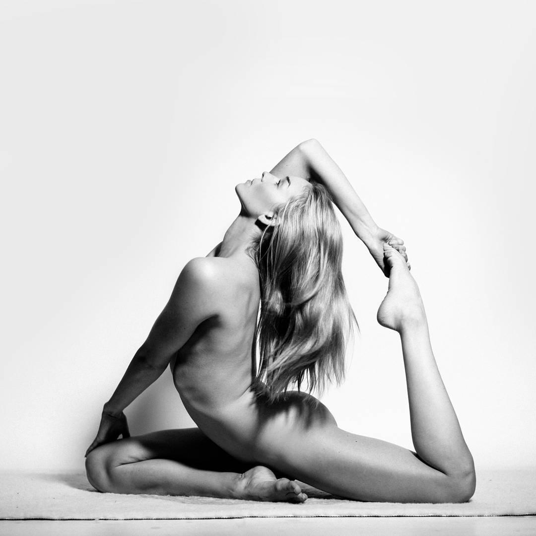 Фото йога обнаженная 11 фотография